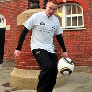 Dan Magness before starting his world record attempt at 'keepy-uppy'