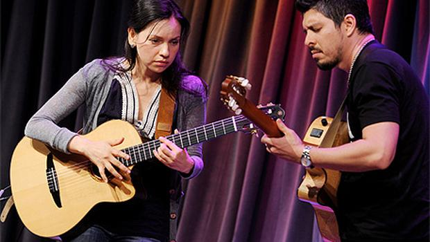Keep the element of surprise: guitarists Rodrigo and Gabriela