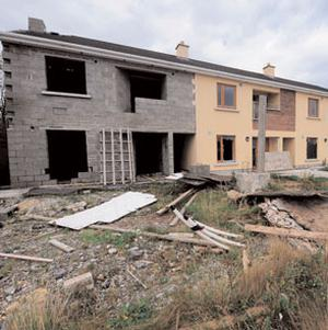 Empty houses in Church Hill, Tullamore, Co Offaly. Photo: JAMES FLYNN