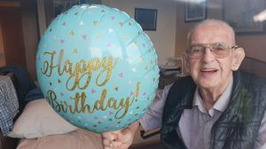 Paddy Homan (91) smiling proudly on his birthday