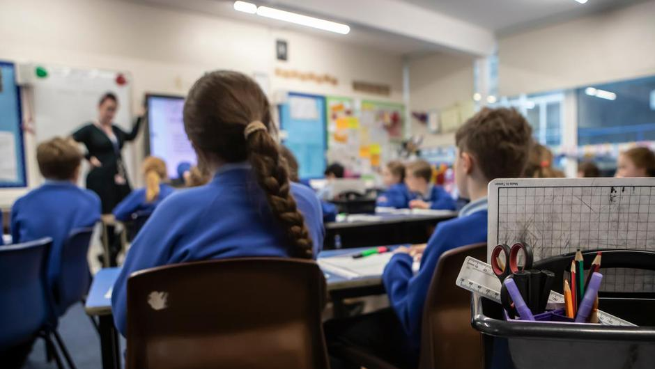 HSE CEO Paul Reid said he doesn't see the need to close schools early for Christmas