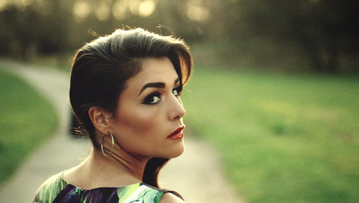 Jessie Ware Seductive Songs Of Love And Devotion Independent Ie