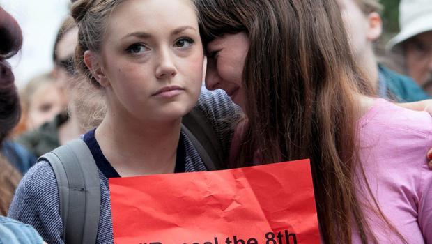 20/08/2014 (L to r) Hollie Leddy Flood from Drimnagh & Fiona O Neill from Dundrum  during a Choice Ireland demonstration in protest at treatment of a suicidal pregnant woman who was refused an abortion on O' Connell Street, Dublin. Photo:  Gareth Chaney Collins