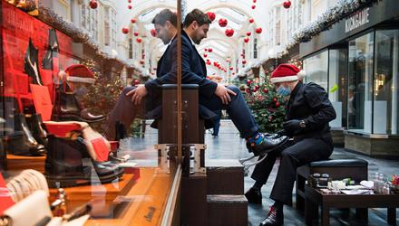 Staysafe: A man has his shoes shined in London yesterday. Respecting how others approach Covid safety is key to avoiding conflictthis Christmas. Photo: PA