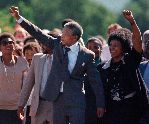 February 11, 1990. Anti-apartheid leader and African National Congress member Nelson Mandela and his wife Winnie raise their fists upon Mandela's release from Victor Verster prison in Paarl. Photos: AFP/Getty Images/ Gallo Images/Media24