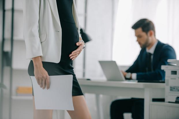 Many see being pregnant in a new job as a problem. Stock photo