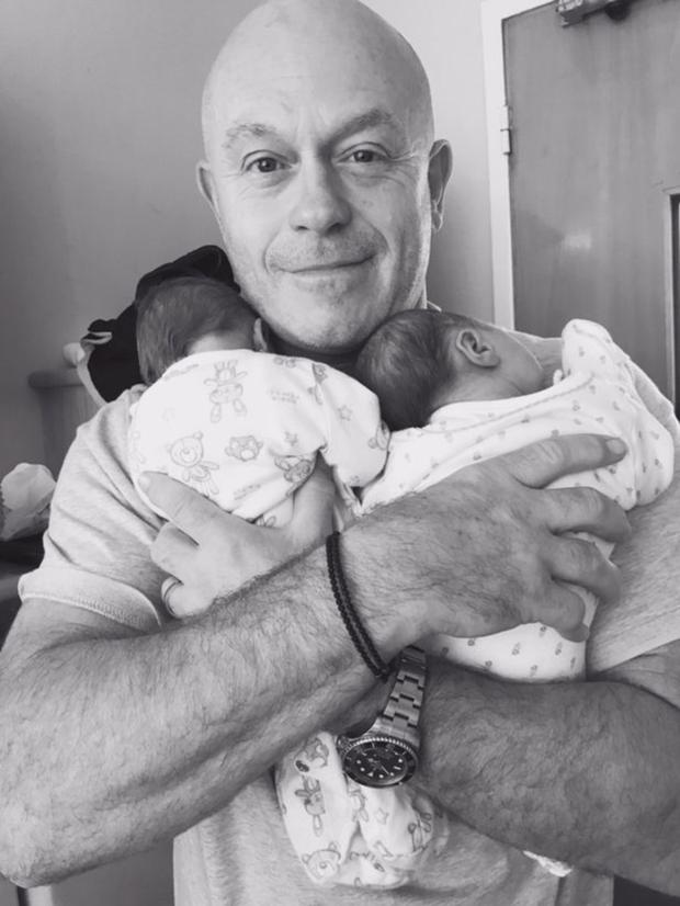 Ross Kemp with his twins Kitty and Ava who were born two years ago when he was 53