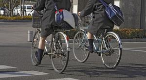 Fewer than one in 250 teenage girls cycle to school