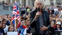 Bob Geldof addresses crowds of  'No' campaigners as they attend a 'Better Together' rally in Trafalgar Square, London