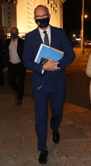Minister for Foreign Affairs and Defence, Simon Coveney leaving Government Buildings last night after he survived a vote of no confidence. Photo: Colin Keegan, Collins Dublin