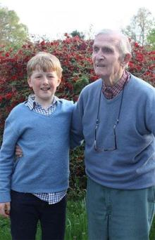FULL LIFE: Battle of Normandy veteran, industrialist and sheep farmer Aleck Crichton with great-grandson Conrad Boyle in 2014. Photo: St John's College, University of Cambridge