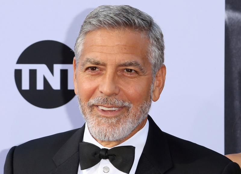 SARAH VINE: It's sew sexy when a man does 'women's' chores, too 60211George%20Clooney