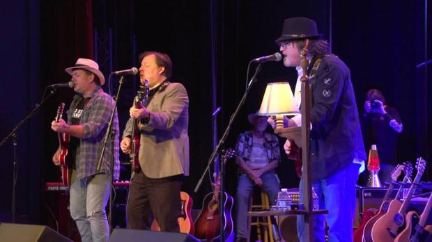 Neil Young tribute band, Harvest