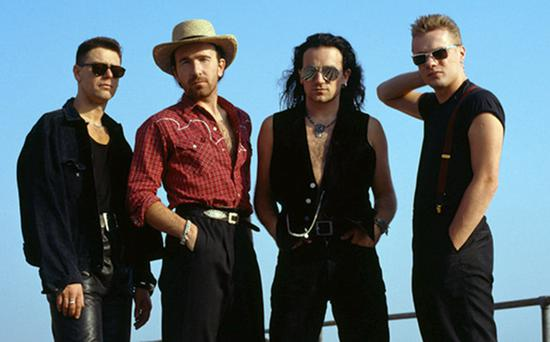 U2 on their way to a first UK number one in 1988