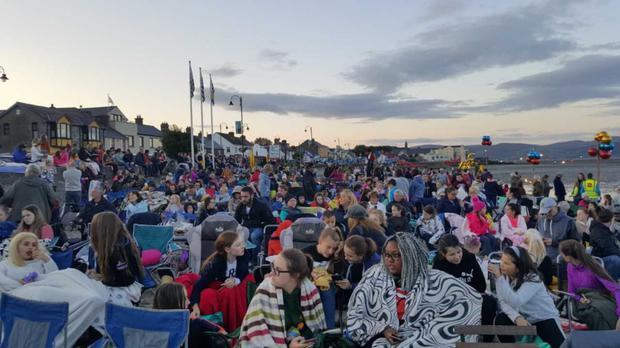 The packed beach at Blackrock for the screening during the film Festival