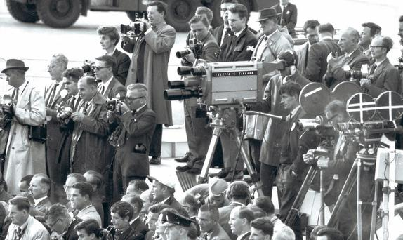 The press corps – and Johnny Kirk (circled) – gathered at Dublin Airport for President Kennedy's arrival in 1963.