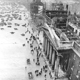 The scene at the GPO, O'Connell Street in 1916