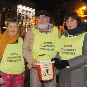 Maeve and Terry Curtis with Anne Kavanagh at the sleep out for the Dundalk Simon Community at Market Square