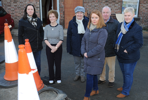 Cllr. Maria Doyle with Railway Terrace residents Deborah, Carol and Colm Hoey, Rose Dowdall and Briege Murtagh