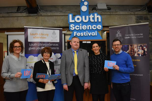 Mary McHugh, Louth Libraries; Yvonne O'Brien, County Librarian; Cllr. Conor Keelan, Chair of Municipal District of Dundalk; Amanda Branigan, Louth Libraries & Gareth Kelly, School of Engineering, DkIT.