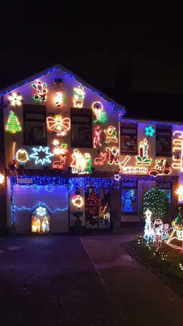 Mandy Lights Up Manydown House To Support Zoe Murphy