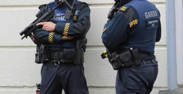 Extra gardai are to be posted along the border