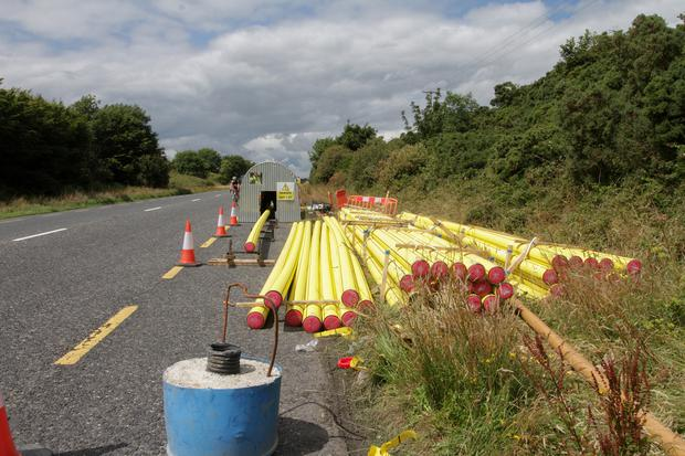 Laying of the natural gas pipeline on the road between Duncannon Roundabout and Rosslare Roundabout on Wednesday afternoon.