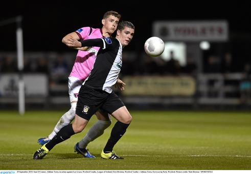 25 September 2015; Sam OConnor, Athlone Town, in action against Lee Grace, Wexford Youths. League of Ireland, First Division, Wexford Youths v Athlone Town, Ferrycarrig Park, Wexford. Picture credit: Matt Browne / SPORTSFILE