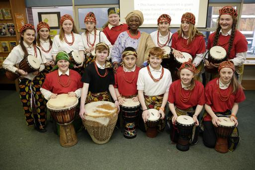 Ronoke Arongundade and her helpers demonstrating drumming and crafts