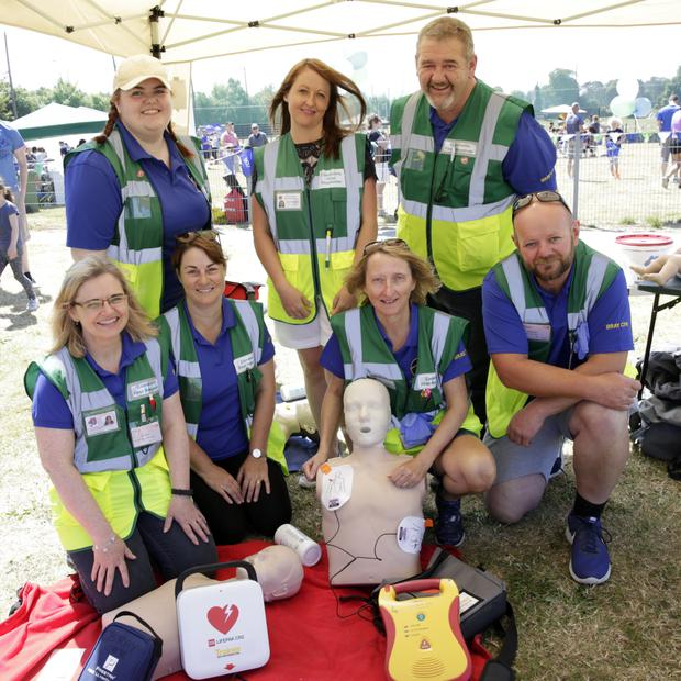 (Back, from left) Katie Dempsey, Susan O'Callaghan, Colm Dempsey, (front) Róisín Dempsey, Lisa Mahony, Helen Rafferty, Stephen Brierton of Bray Cardiac First Responders.
