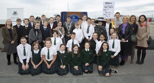 St Brigid's sixth class pupils with Rosemary Raughter of Greystones Archaeological Society, Greystones Municipal District cathaoirleach Cllr Nicola Lawless, Martin Dodd, St Brigid's principal Ms Costello, Wicklow County Council heritage officer Deirdre Burns and Wicklow County Council arts officer Jenny Sherwin