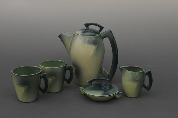 The Minerva teaset by Christien Bussell.