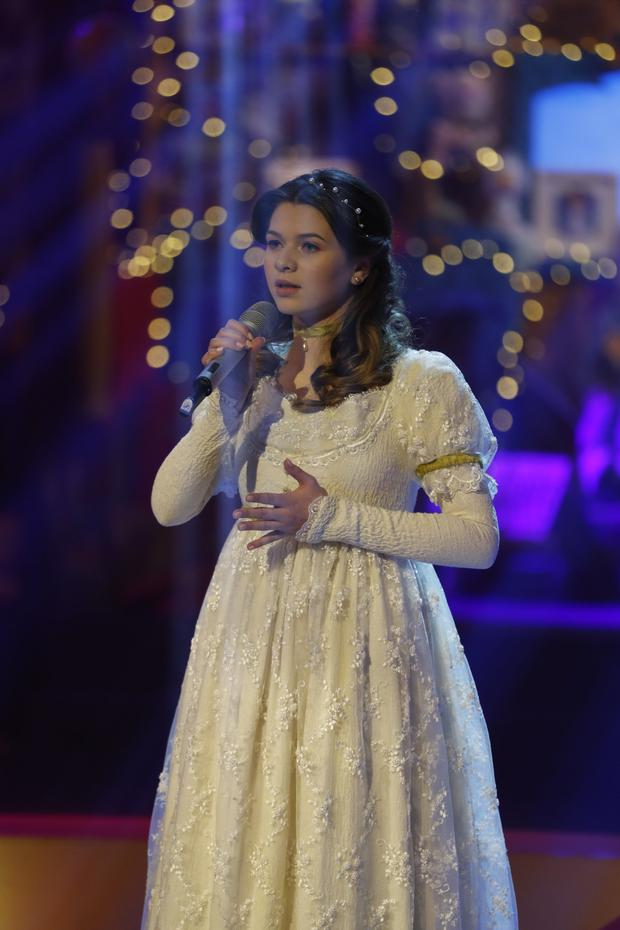 Rachel Coyne performing on the Late Late Toy Show