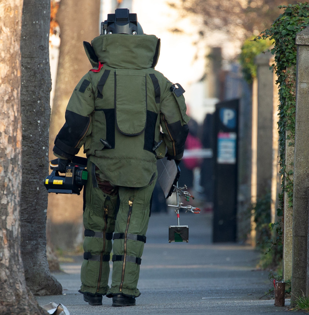 Local gardaí closed the road for a number of hours as members of the explosive ordnance disposal (EOD) unit examined the suspicious object
