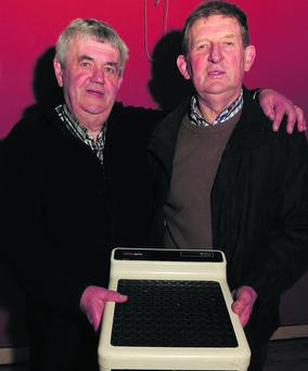 Phil O'Sullivan (left) and John O'Connor at the Cullen and District Special Needs Association Weigh In. Photo: John Tarrant