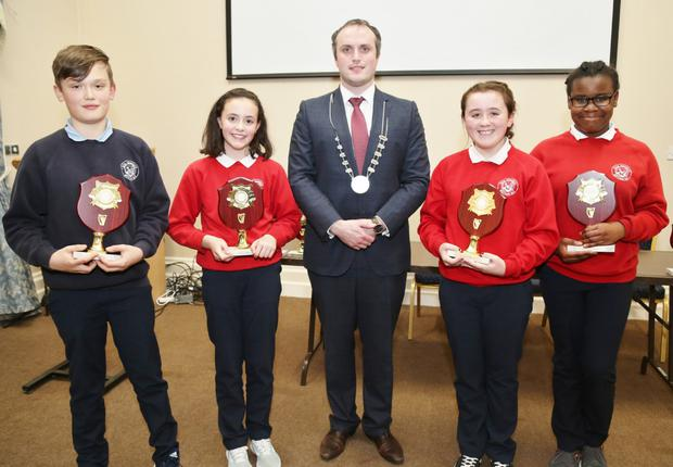 Councillor Gearóid Murphy presented Plaques to Boherbue National School pupils Scott Abernethy, Emma Herlihy, Ella Vaughan and Rachel Jeje who took part in the IRD Duhallow Primary Schools Public Speaking Competition