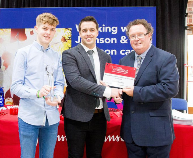 Alan O'Connor with Engineering teacher Kevin Roche from Boherbue Comprehensive School, who received a four year Scholoarship to CIT to do BioMedical Engineering