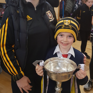The All-Ireland winning Mourneabby Ladies Footballers on their recent visit to Analeentha National School: Ellen Burke with her brother Colm