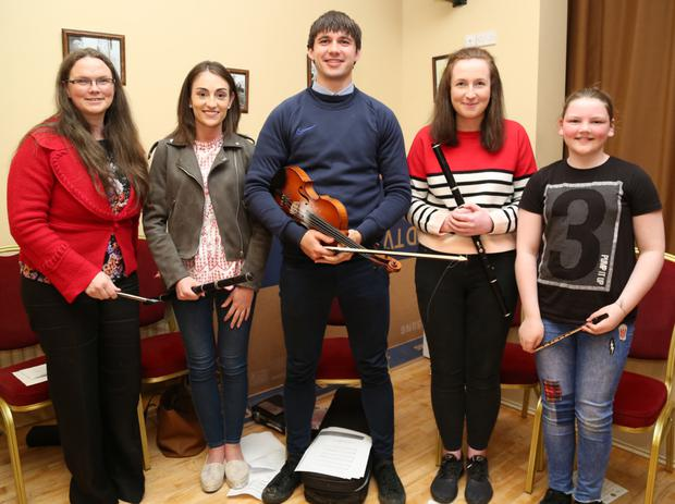 Bernadette O' Shea, Sinead Guiney, Maurice O' Keeffe, Ciara Hartnett and Emma O' Shea performed at the Bruach na Carraige 20th anniversary party