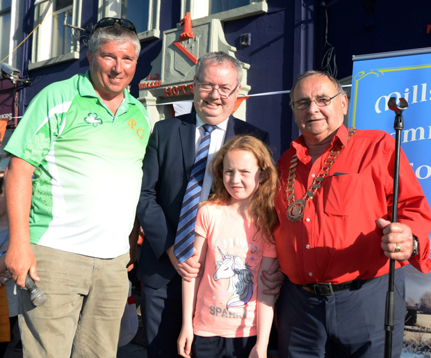 Michael Moynihan TD performed the official opening of the European Mounted Games in Millstreet in the company of organiser Conor O'Leary and Noel Buckley, Chairman, Millstreet Community Council. Picture John Tarrant