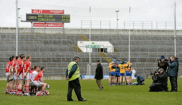 14 April 2013; The Cork team pose for the traditional team photograph before the game. Allianz Hurling League, Division 1A, Relegation Play-off, Clare v Cork, Gaelic Grounds, Limerick. Picture credit: Diarmuid Greene / SPORTSFILE