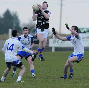 David Walsh wins possession for Blackwater Gaels against Pobal Uí Chaoimh in the Duhallow U21AFC semi final. Picture John Tarrant