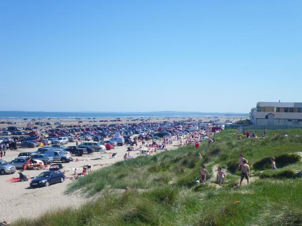 Cars on the beach at Bettystown