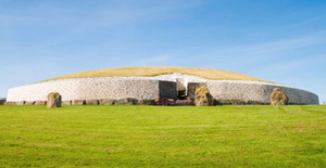 The neolithic tomb at Newgrange
