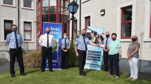 Joan McQuillan and Bernie Kelly of Drogheda Hospice Homecare with local Gardaí Paddy Sheridan, Andrew Watters, Kathleen Daly, Donal McGivern and Aidan Ryan.