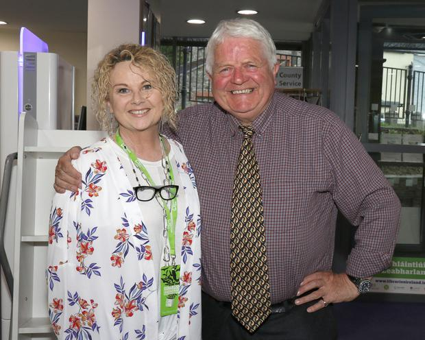 Don Conroy with librarian Yvonne Smith
