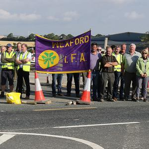 Farmers block the entrance to the BAM M11 site office at Scarawalsh