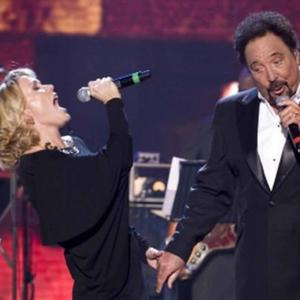 Cerys Matthews and Tom Jones singing their version of'Baby it's cold outside'. How can people seriously think this song has connotations about spiking someone's drink?