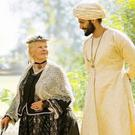 Judy Dench as Queen Victoria and Ali Fazal as Abdul Karim in Victoria & Abdul