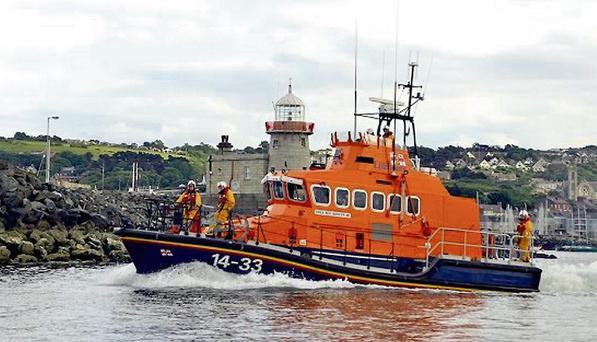 Howth RNLI responded to a swimmer in distress, a row boat caught in a strong current and two yachts that ran aground off the Malahide coast.
